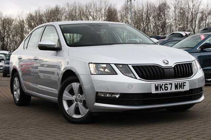 SKODA Octavia 1.6 TDI SE Technology 115 PS 5Dr H/Back